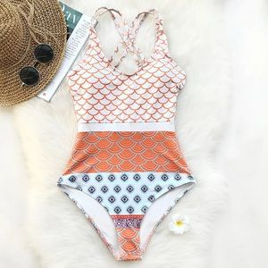 Cupshe one piece mermaid wave swimsuit size L